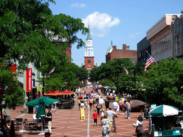 10 Small Cities With Urban Amenities That Most Big Cities Lack